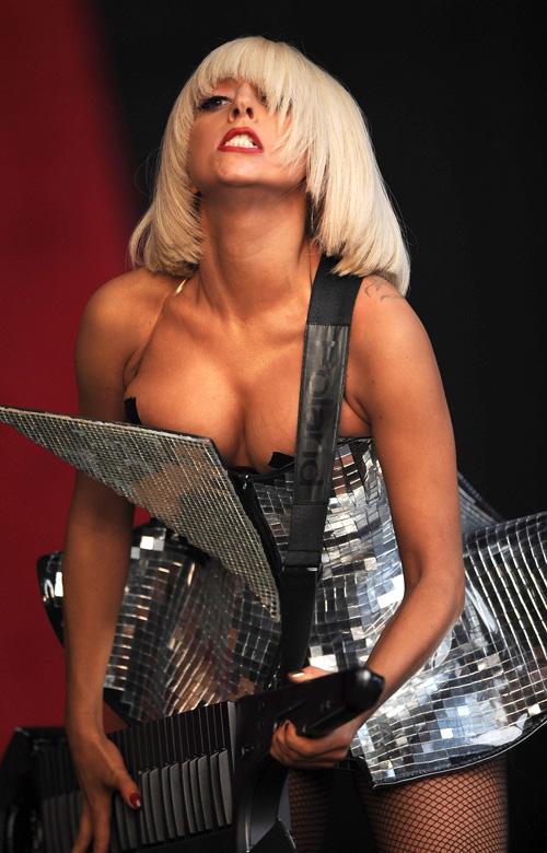 Lady Gaga Glestenburi