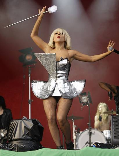 Lady Gaga na Glestoburi festivalu