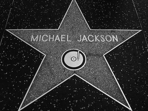 Majkl Džekson je umro