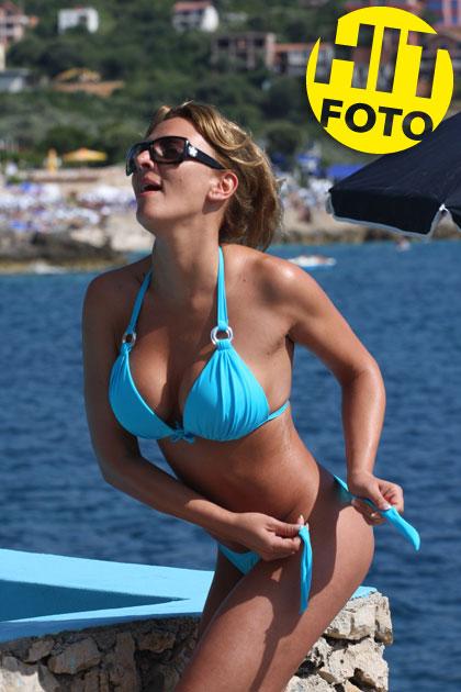Biljana Sečivanović u Utjehi, u kupaćem kostimu