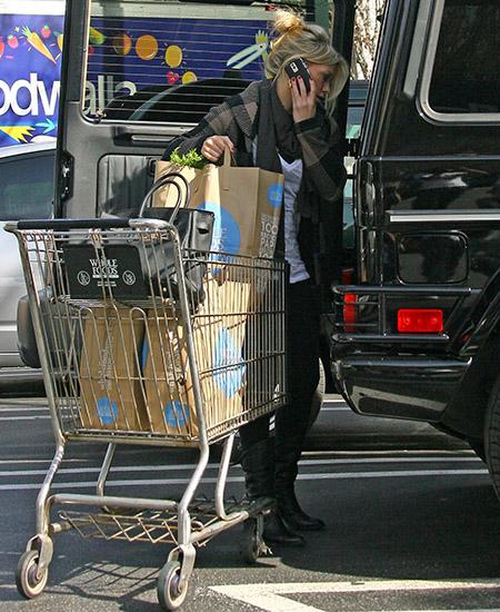 Hilari Daf u supermarketu
