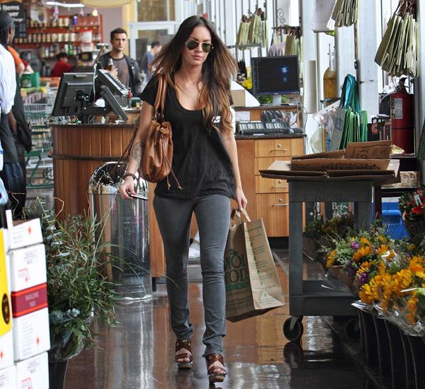 Megan Foks u supermarketu