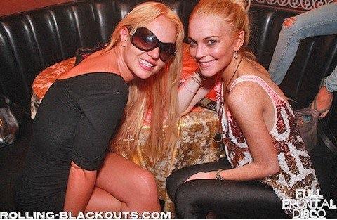 Britni Spirs i Linzi Lohan zajedno u klubu