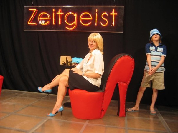 "Jelena Tinska u svom talk show-u ""Zeitgeist"""