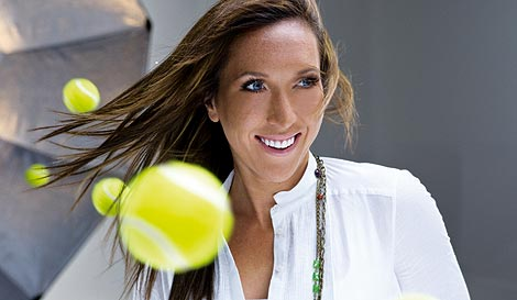 Jelena Janković na reklami za prikupljanje osmeha