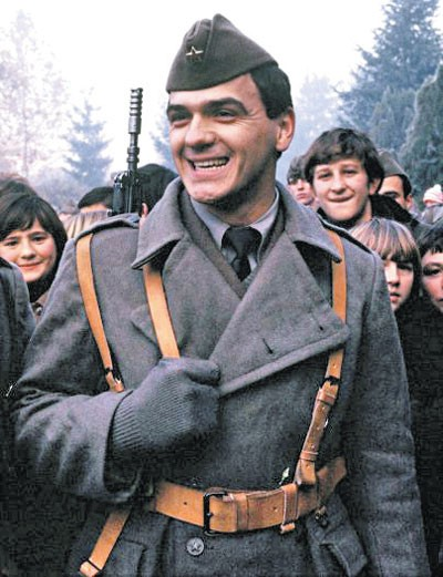 Zdravko Čolić sa početka karijere, kao vojnik u Valjevu