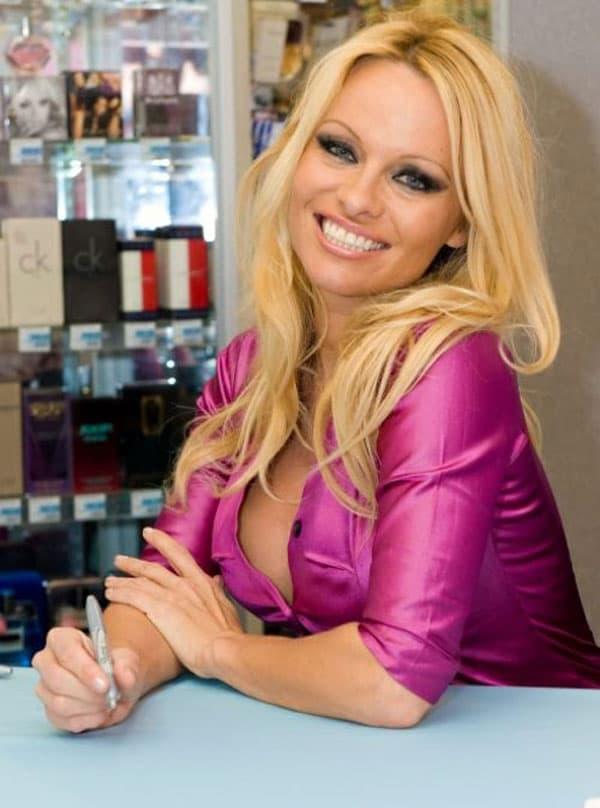 Pamela Anderson (foto: Facebook)