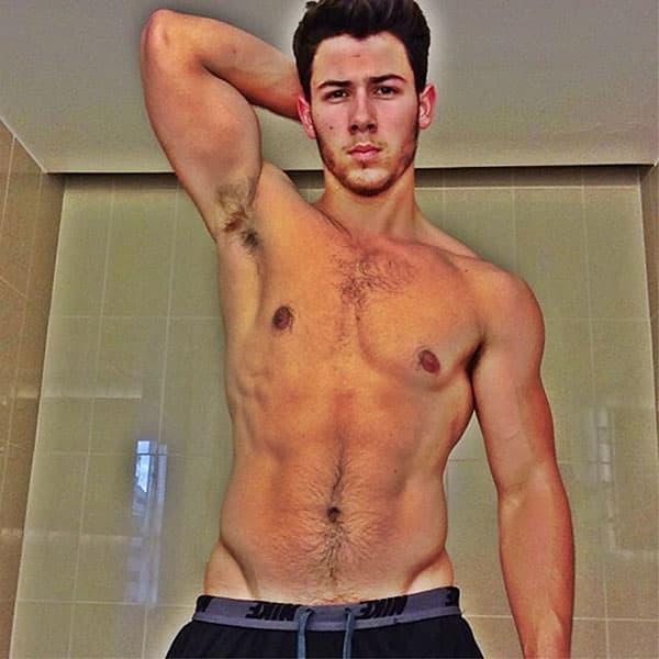 05 Nick Jonas