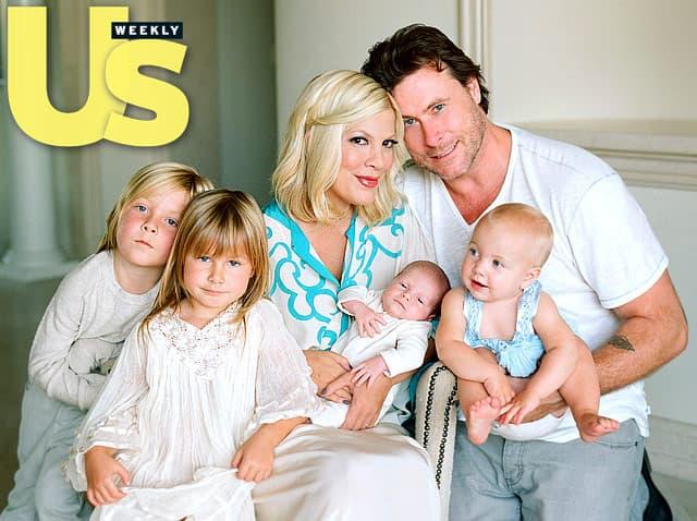 Tori i Dean imaju četvoro dece.