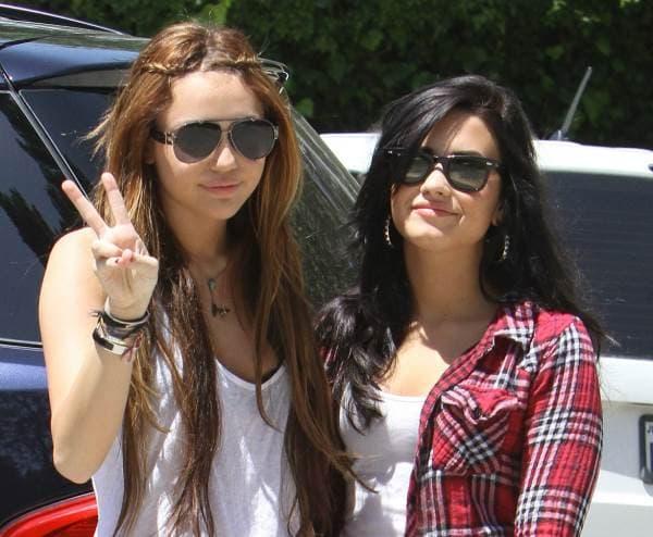 Miley Cyrus i Demi Lovato