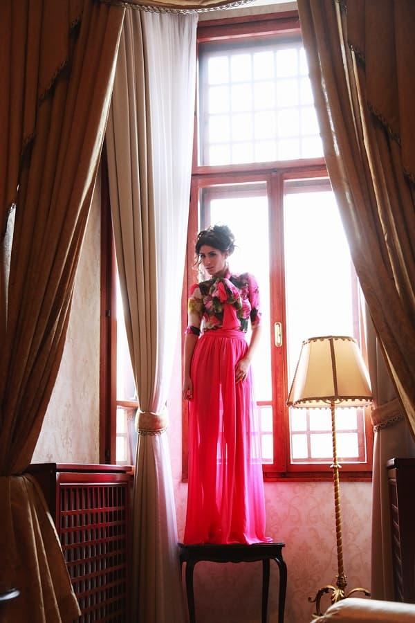Pevačica još jednom otvorila vrata svog luksunog doma u centru Beograda! (foto: Facebook)