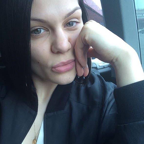 Jessie_J_Tracara