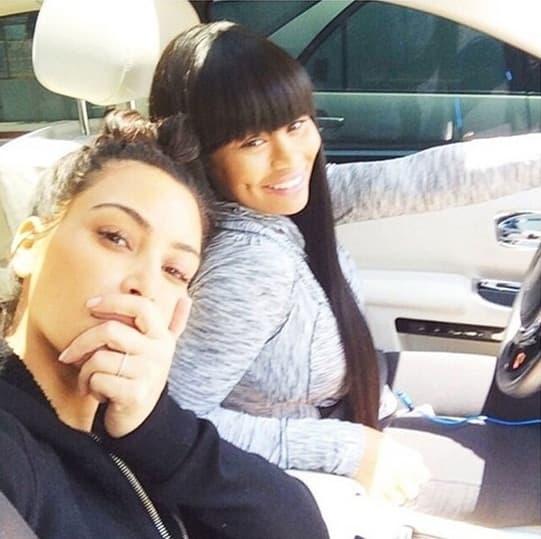 Kim_Kardashian_Tracara