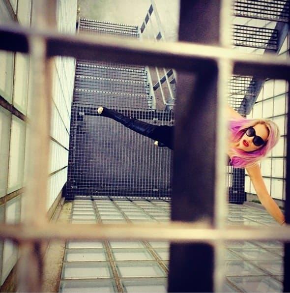 Rita Ora ovako je pozdravila fanove!