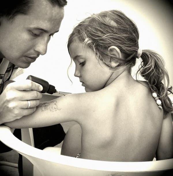 sindi cerka petra tetovaza