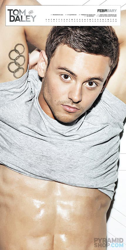 tom-daley-calendar-photos-2014-003