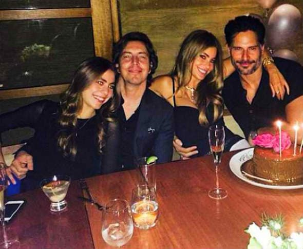 Sofia i Joe na proslavi njenog 42. rođendana