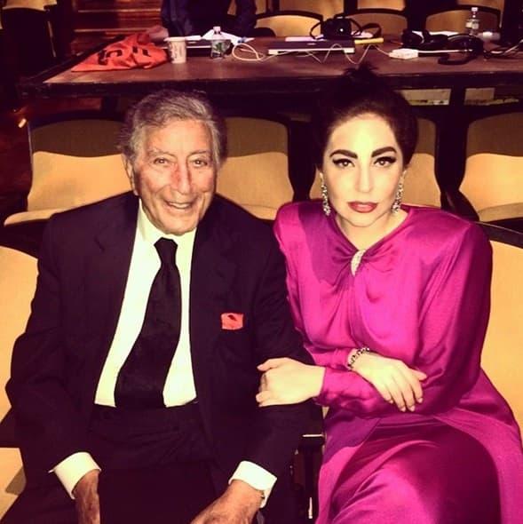 Lady Gaga ove nedelje objavila je nekoliko fotki sa Tony Bennett, sa kojim će izdati zajednički album na jesen.