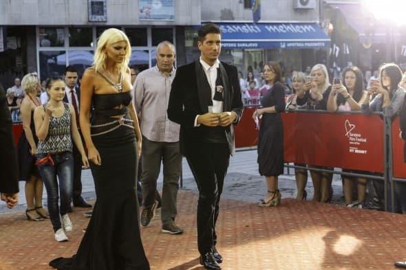 Versace haljina, specijalno za ovu priliku (foto: Anadolu)