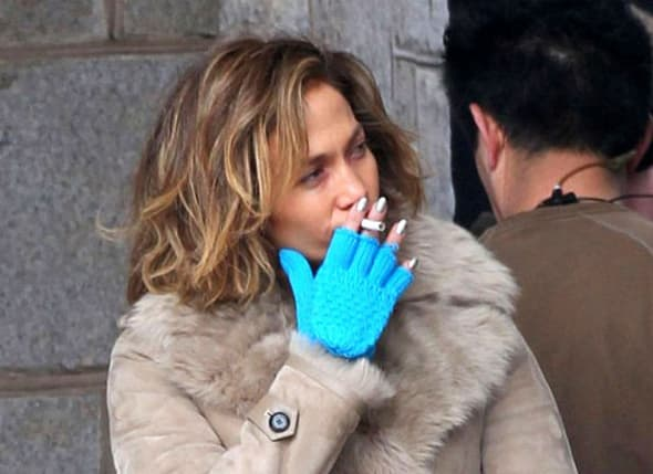 Jennifer Lopez strastveni je pušač! (foto: Suggest)