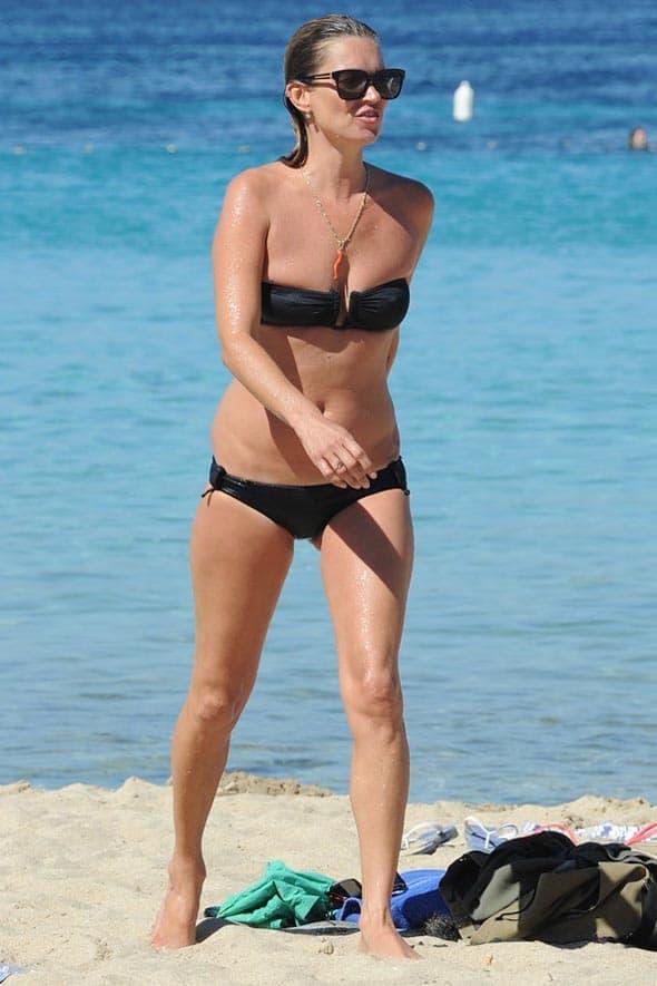 Top model Kate Moss ovog leta takođe je uživala na plažama Ibice.
