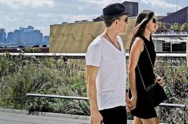Ana i Bastian u šetnji (foto: huffington post)