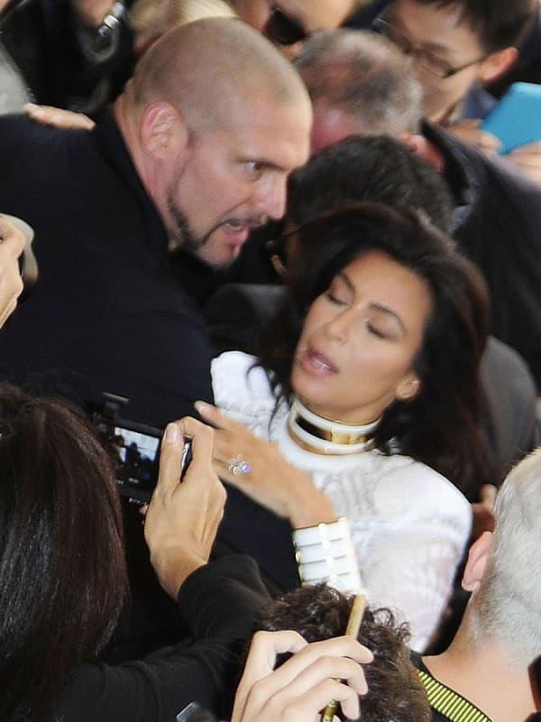 Novinar napao Kim! (foto: INF)