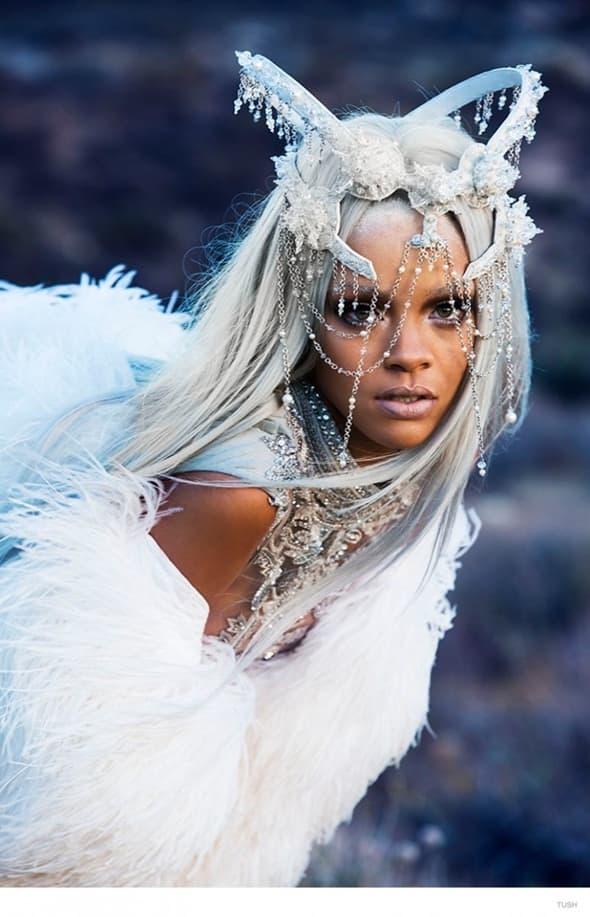 Rihanna za Tush Magazine (foto: Tush)