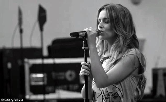 Cheryl se sprema za izdavanje svog albuma 'Only Human'. (foto: VEVO)