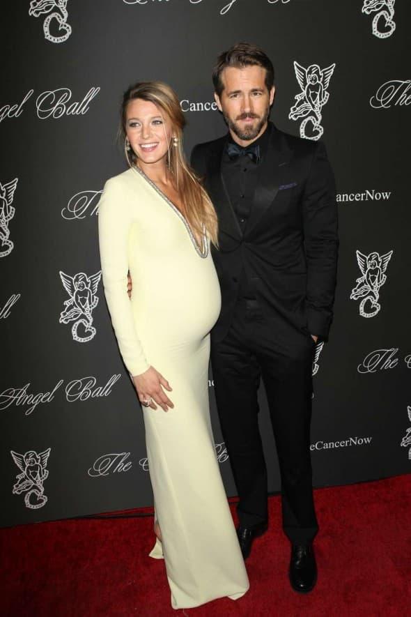 Blake i Ryan juče su se po prvi put pojavili u javnosti zajedno, od kako je saopšteno da će postati roditelji (foto: gossiphive)