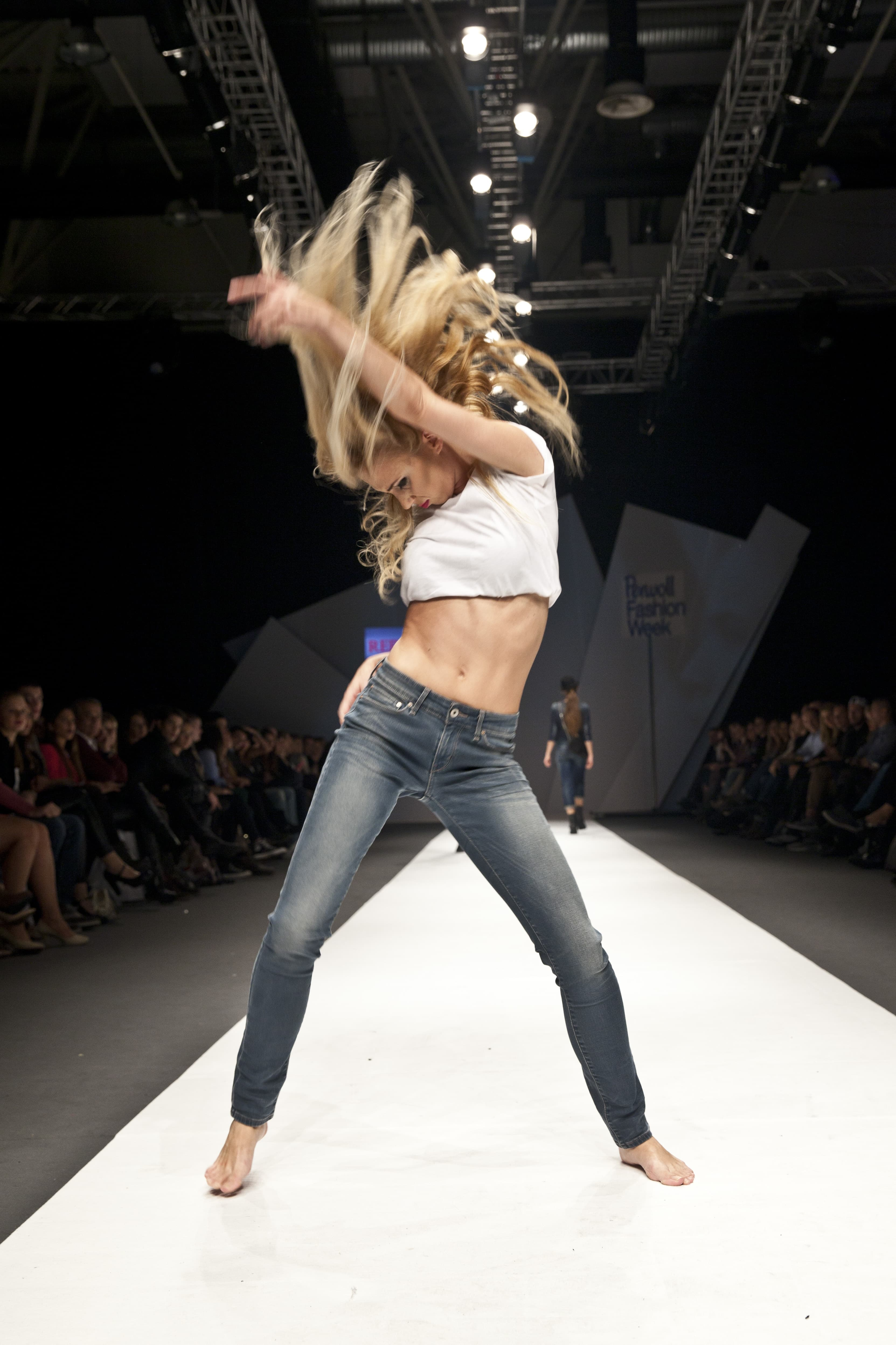 Ovo je jedna od najzapaženijih revija na beogradskoj Nedelji mode.