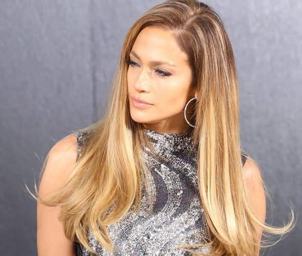 J.Lo je skoro opet plava. (foto: Facebook)