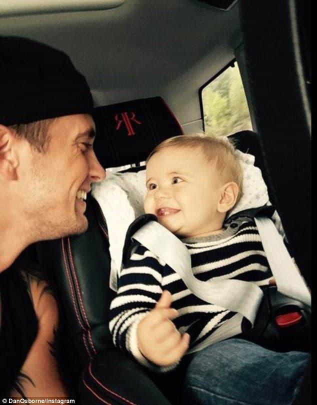 Dan sa svojim prvim detetom! (foto: Instagram)