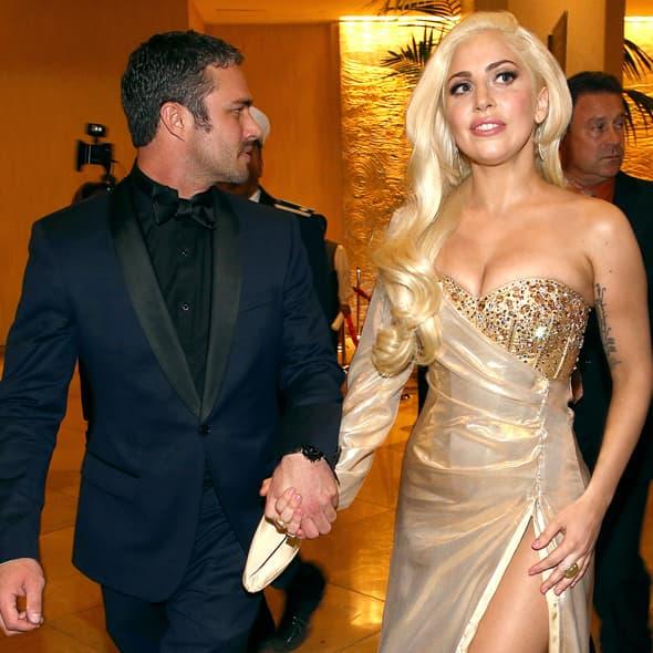 Da li su se venčali Gaga i Taylor? (Foto: USmagazine)