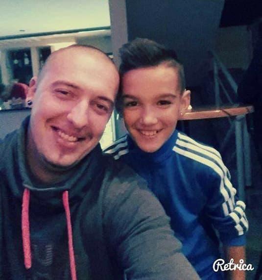 Gile i njegov usvojeni sin! (foto: Facebook)