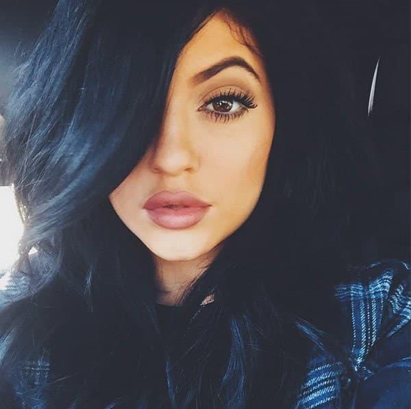 Kylie je preplašena kada je u pitanju saradnja sa njenim zetom. (foto: Hollywood Life)