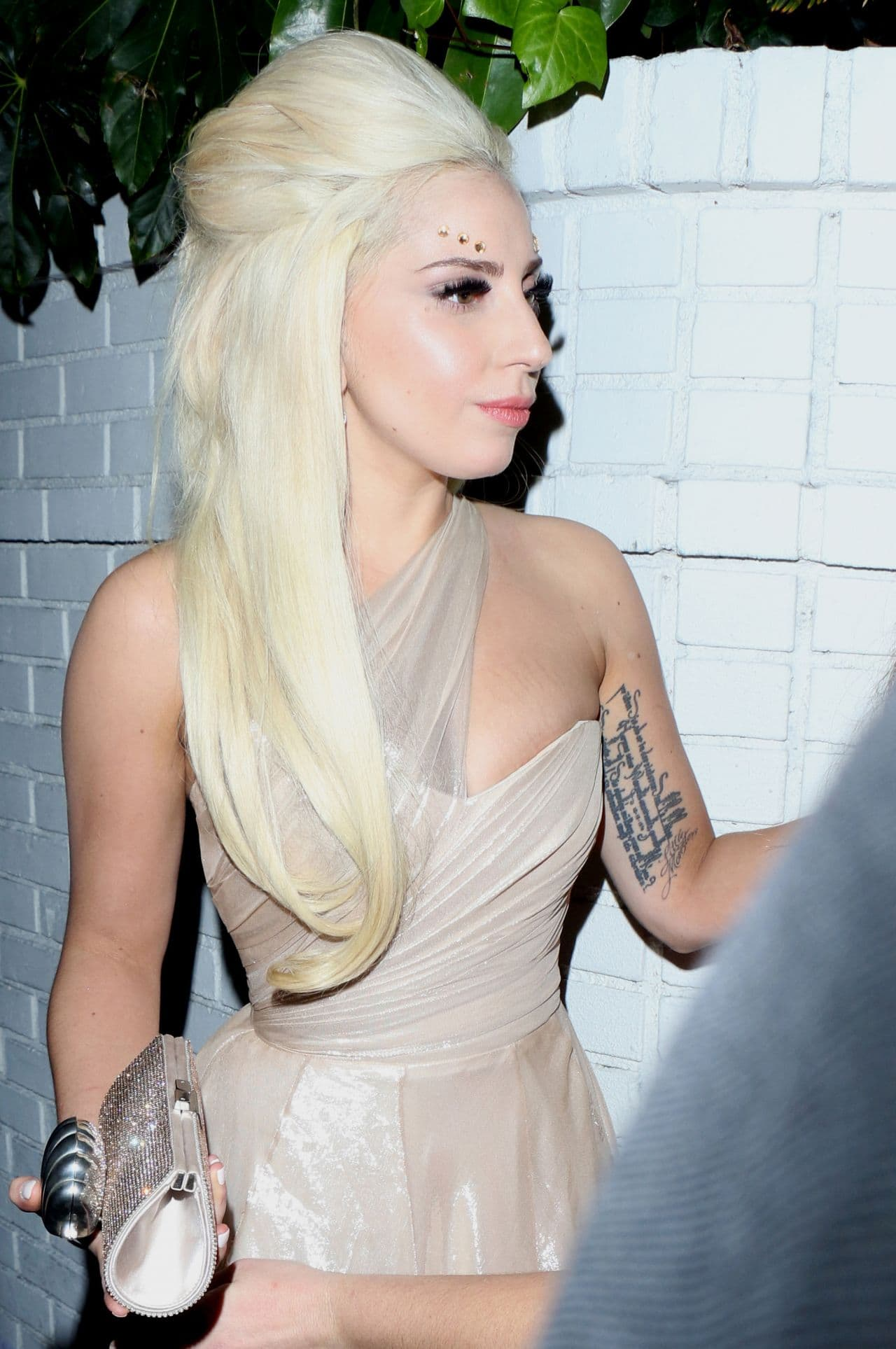 lady-gaga-nigh-out-style-chateau-marmont-pre-grammy-2014-party_1