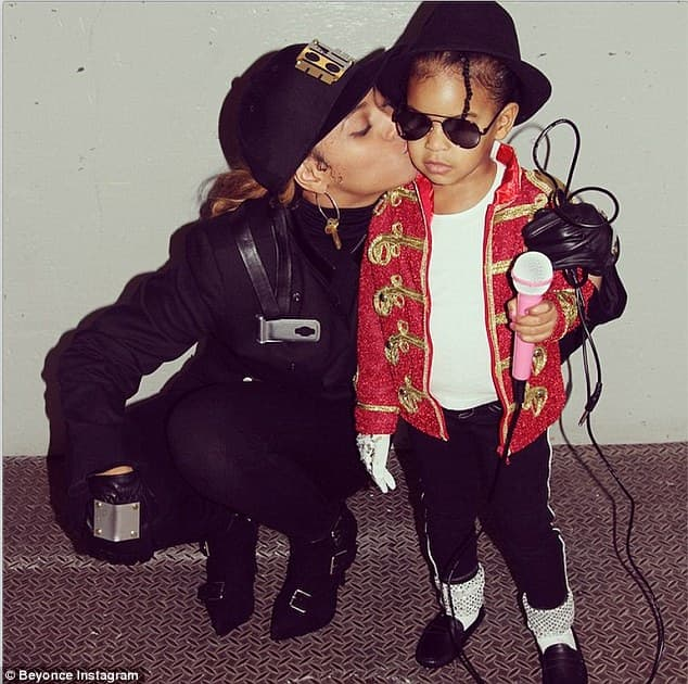 Majka i ćerka kao Jennet i Michael! (foto: Instagram)