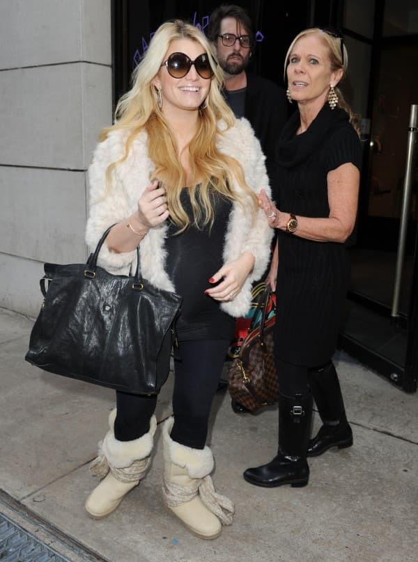 A pregnant Jessica Simpson shopping at Barney's in NYC