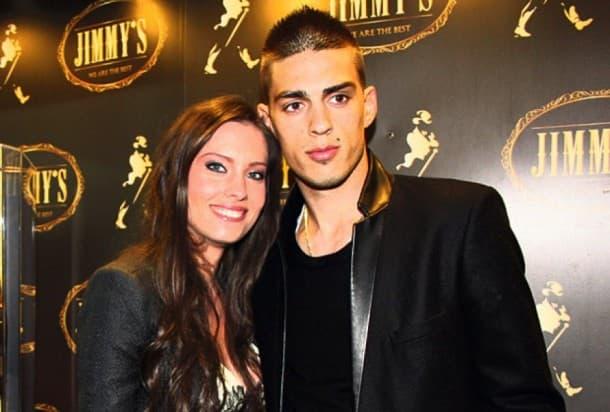 Mirka i Vujadin očekuju treće dete. (foto: Facebook)