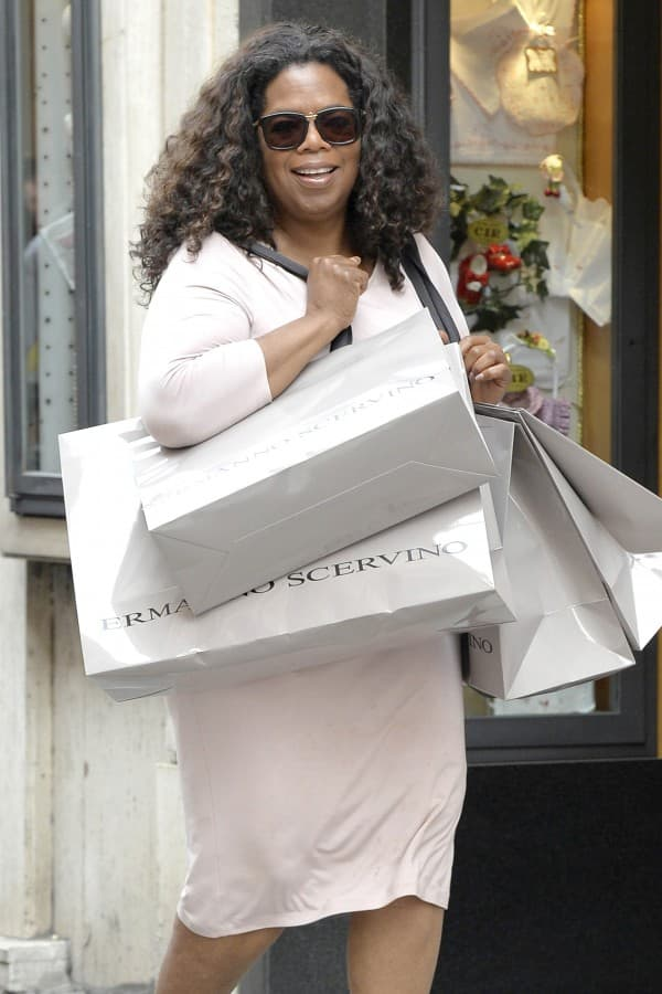 *EXCLUSIVE* Oprah Winfrey gets a little carried away with her shopping **USA ONLY**