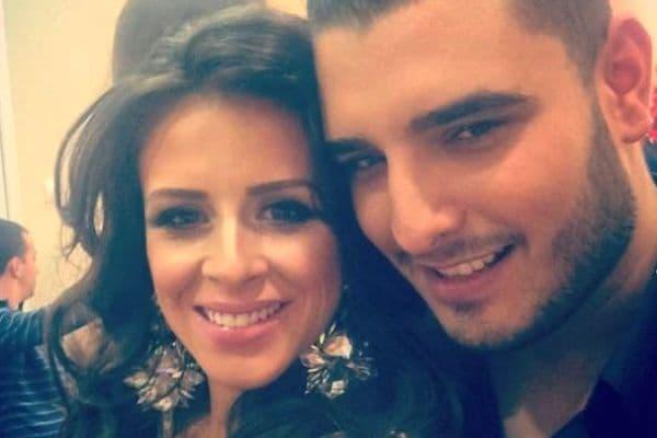 Pevač je na snimanje emisije došao u pratnji svoje supruge (foto: Facebook)