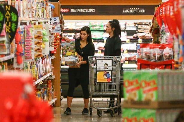 U kupovini ( foto: Mirror )