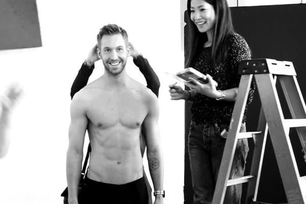 Calvin se razgolitio u novoj kampanju modne kuće Armani (foto: newnownext)