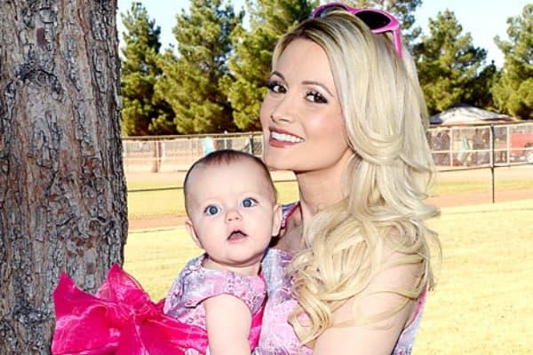 Holly je poželela da svoju ćerkicu iznenadi pred praznike... (foto: usmagazine)