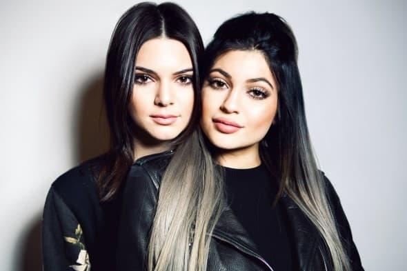 Sestrama Jenner odgovara to što su odrasle pred kamerama (foto: Splash)