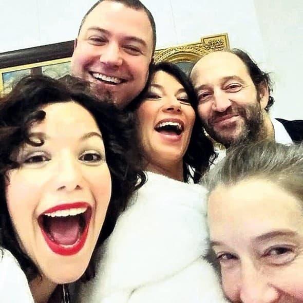 Selfie sa venčanja! (foto: Kurir)