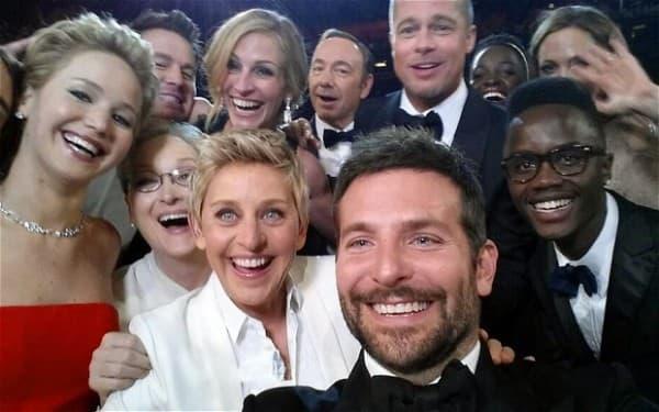 Ovo je selfi sa ovogodišnje dodele Oskara (foto: telegraph)