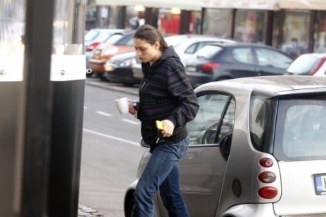 Povukla se iz javnog života! (foto: Blic)
