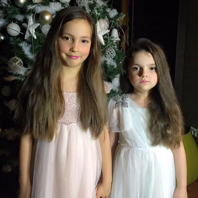 Atina i Nika ovako su Dušku ćestitale rođendan!